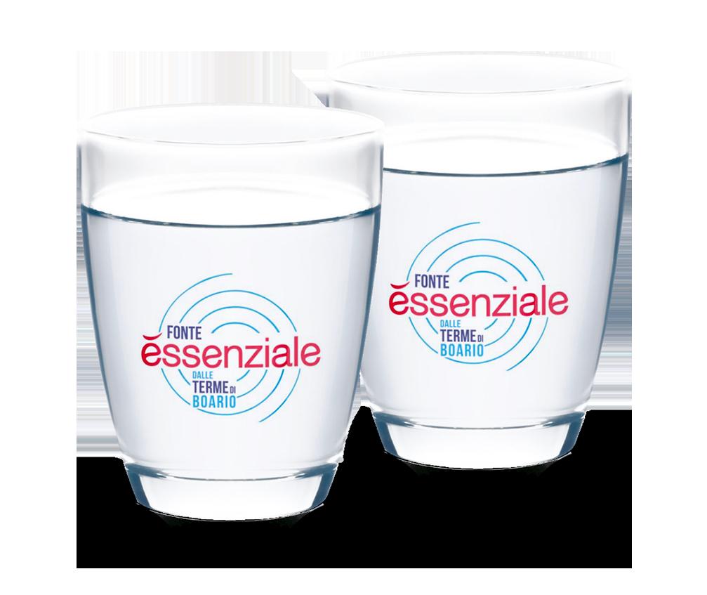 Due bicchieri di Fonte Essenziale al giorno